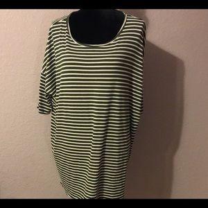 XL LulaRoe Long Sweater 3/4 Sleeves-